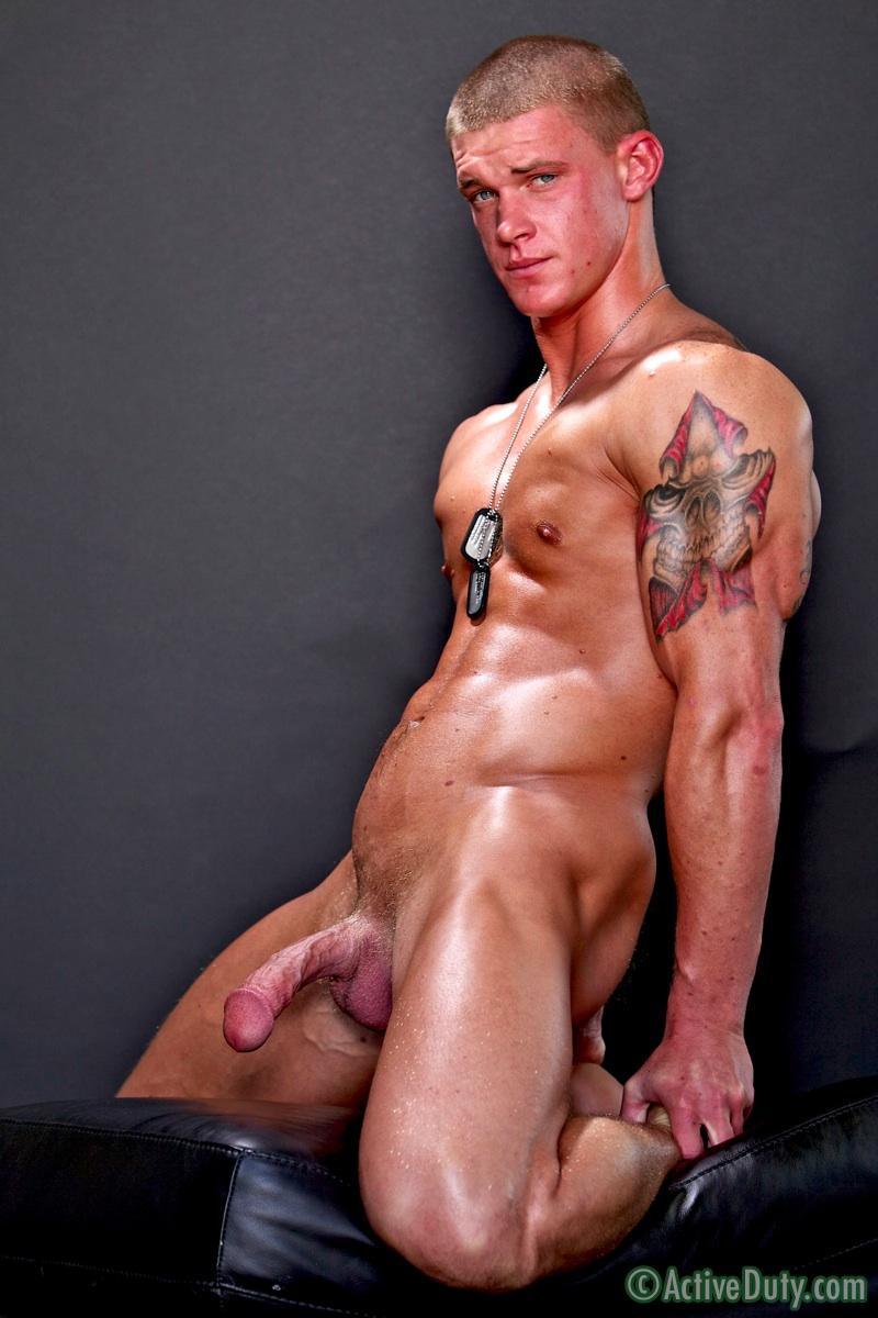 fine nude men straight