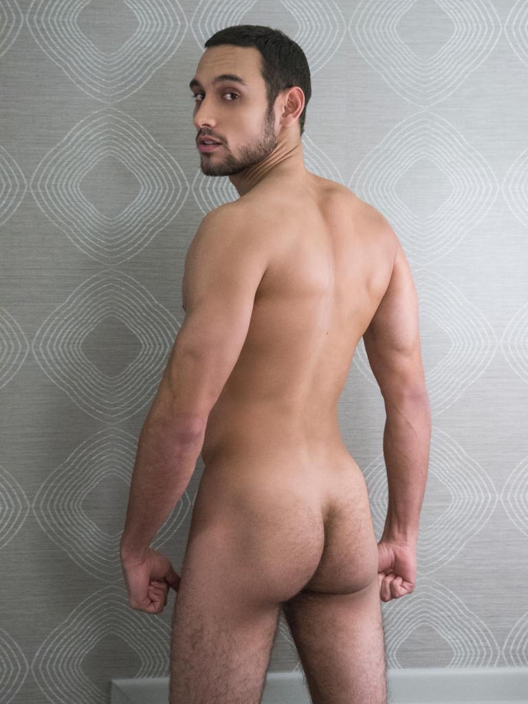 Pierce clooney gay porn